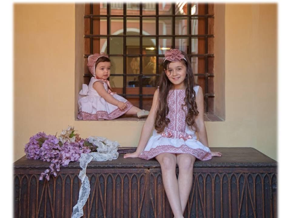 El Armario de Lucia – Niñas como Muñecas